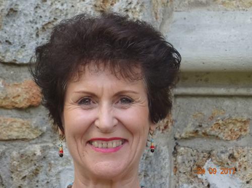 Bernadette Geay