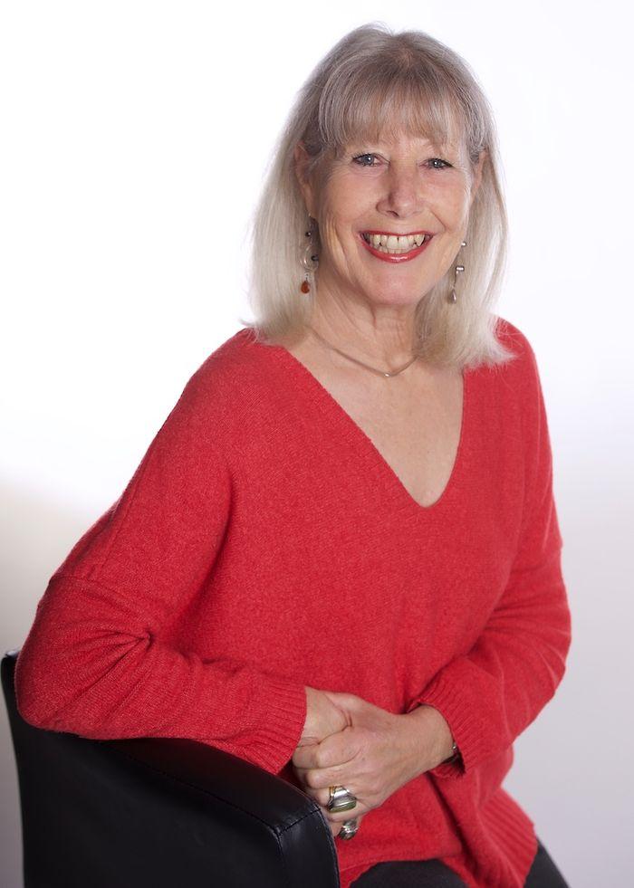 Nina HUTCHINGS